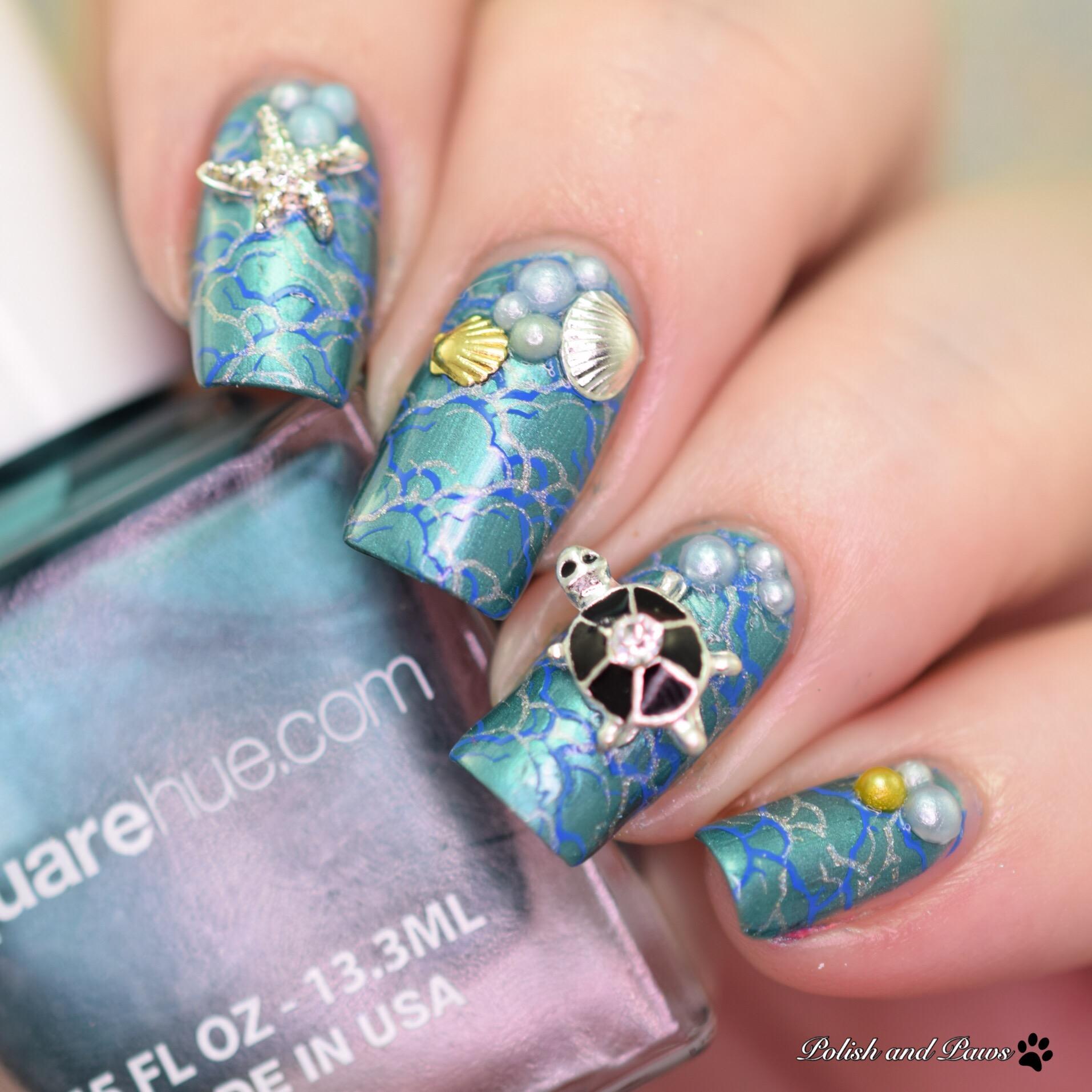 Square Hue Akamai Nail Art