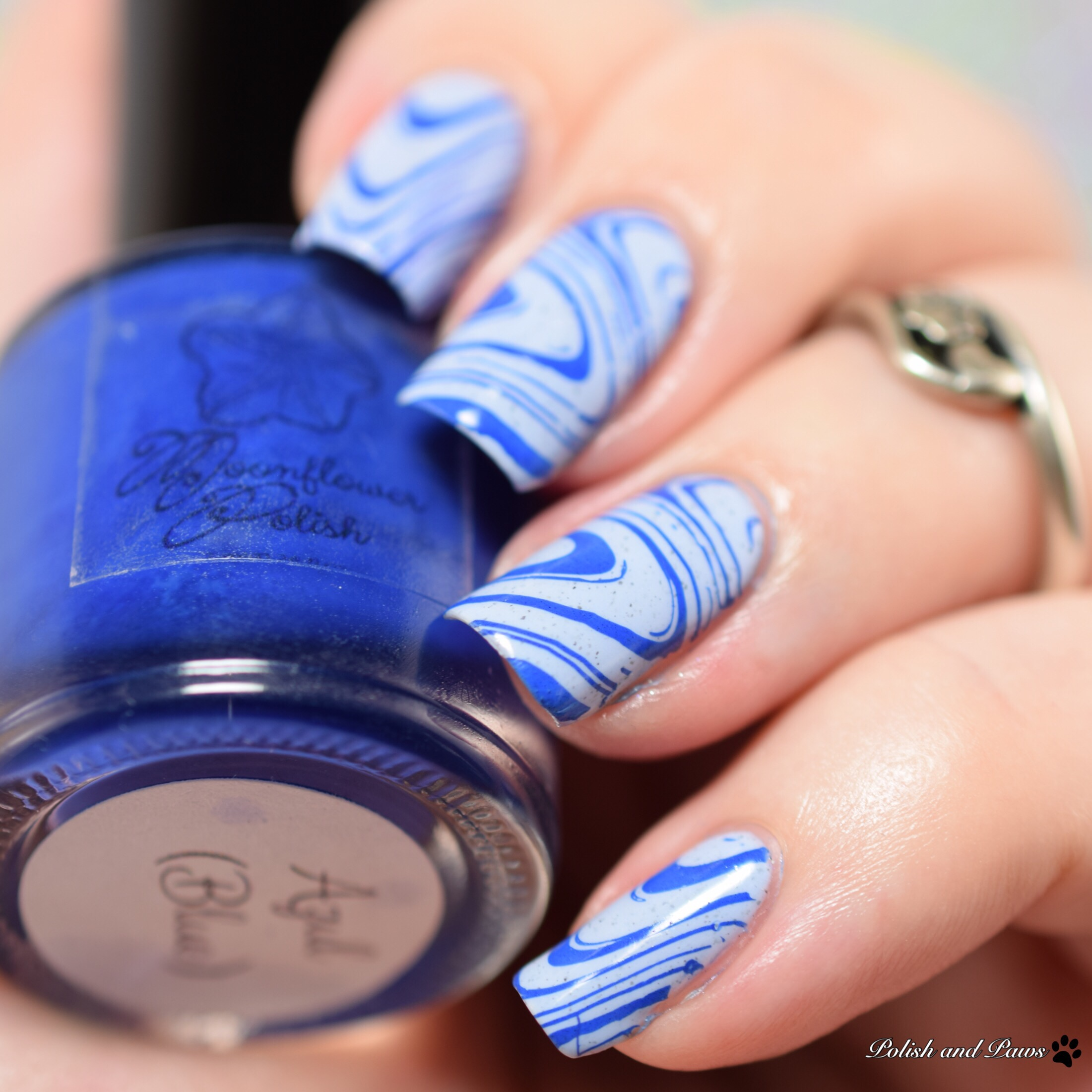 Moonflower Polish Azul