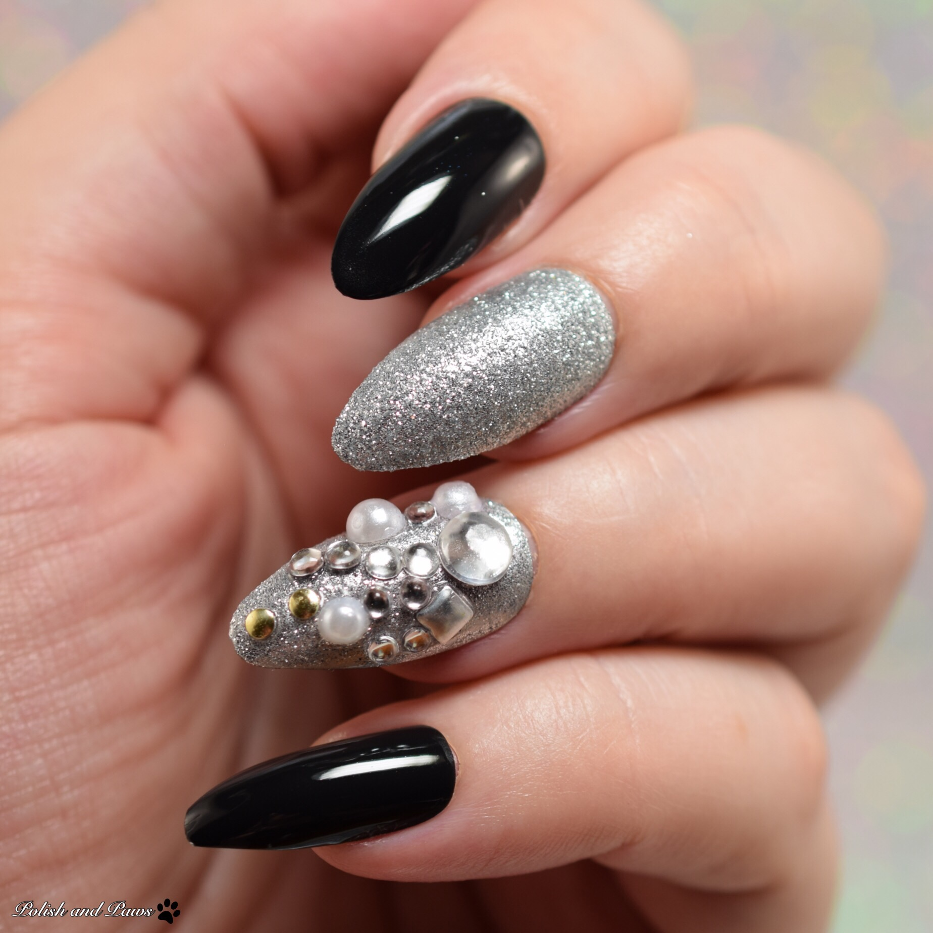 Pretty Woman Nyc Designer Artificial Nails Polish And Paws