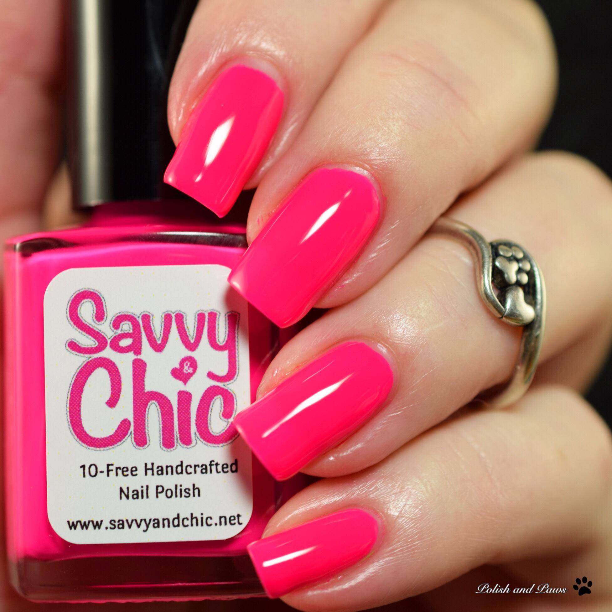 Savvy & Chic Flip Flops & Flamingos
