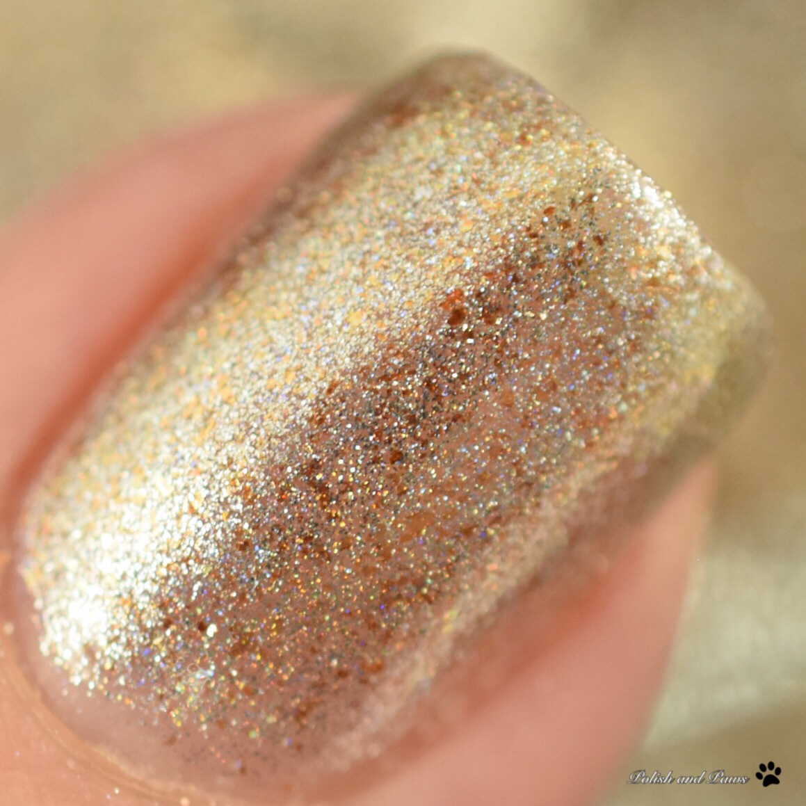 Zaftig Lacquer Pineapple of London