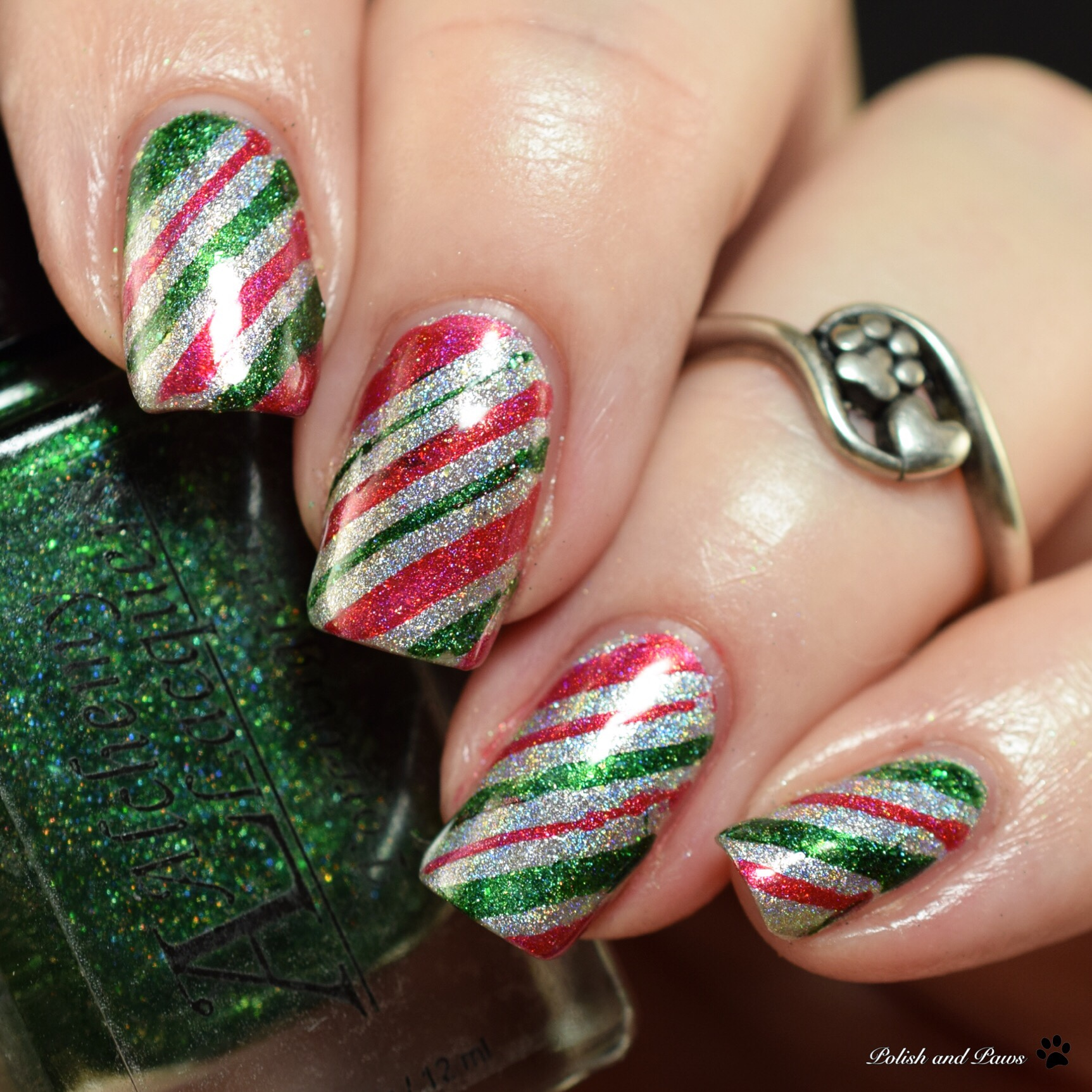 The Digit-al Dozen does Holo: Holoday Nails Day 1