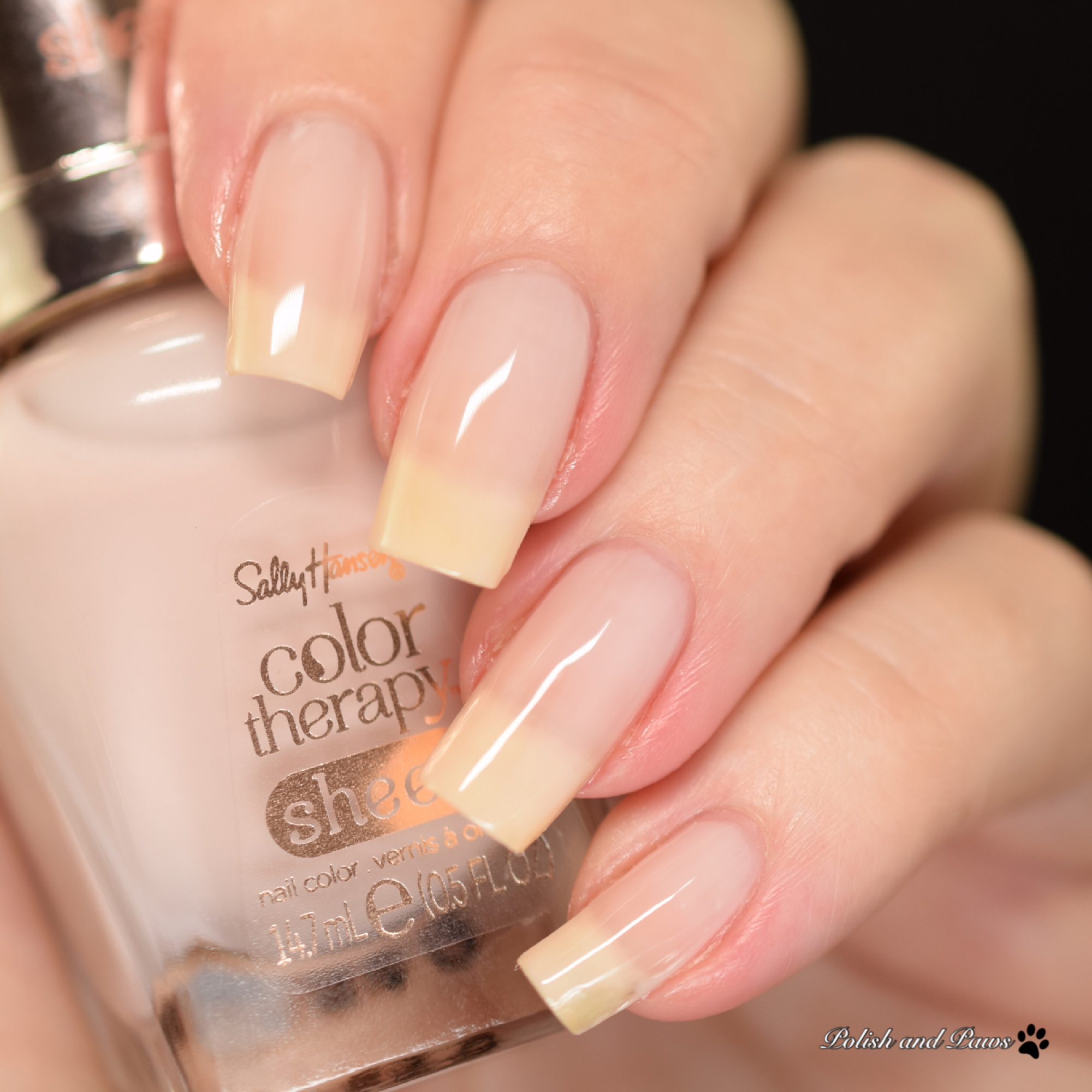Sally Hansen Color Therapy Bare Kiss